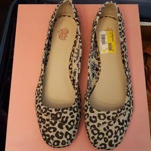 Ladies size 11 leopard print ballet flats
